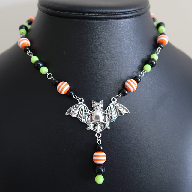 Halloween Striped Bat Necklace & Earrings Set (Orange/Green)